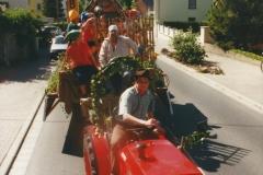 TG-Traubenblütenfest-2001-Bild-01